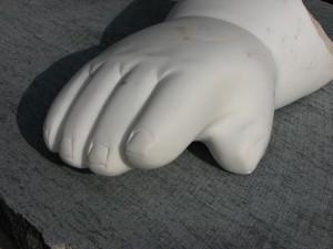 Kolosszus 2., márvány, 50x28x23 cm